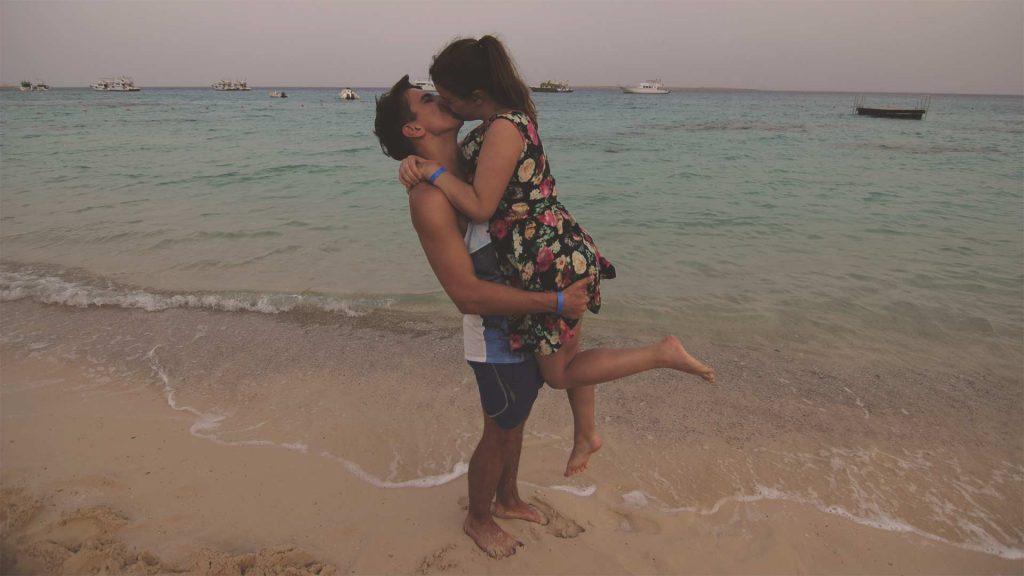 Jasmin und Valentin am Roten Meer in Hurghada, Ägypten