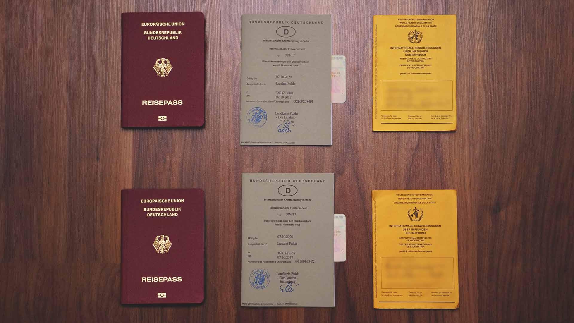 Backpacking Packliste Südostasien - Wichtige Dokumente - Reisepass, internationaler Führerschein und Impfausweis