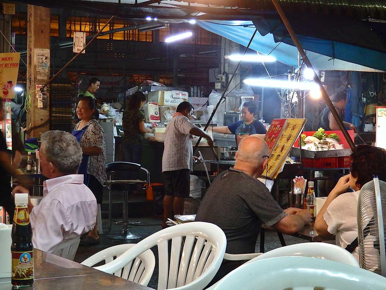 Garküchen in Chinatown, Bangkok