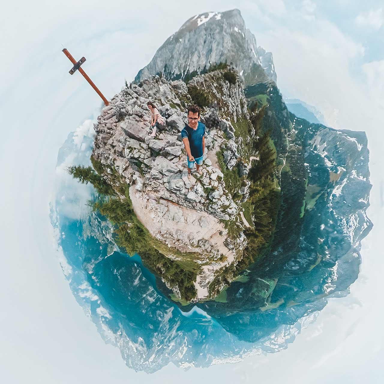 Aussicht vom Jenner zum Königssee in 360 Grad - Valentin und Jasmin am Gipfel