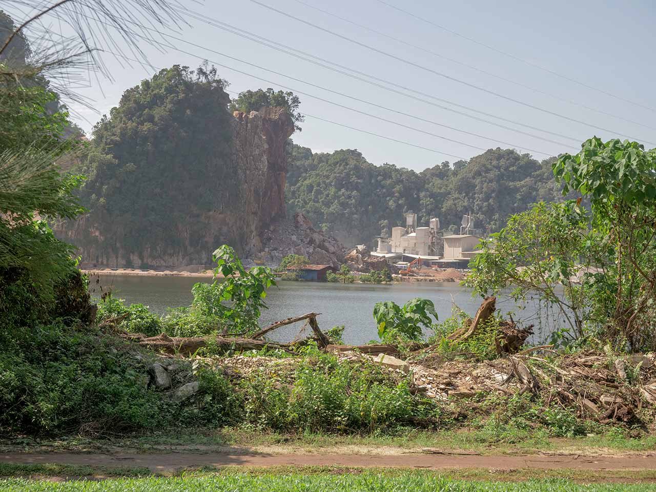 Baustelle hinter dem Park vom Kek Lok Tong Tempel in Ipoh