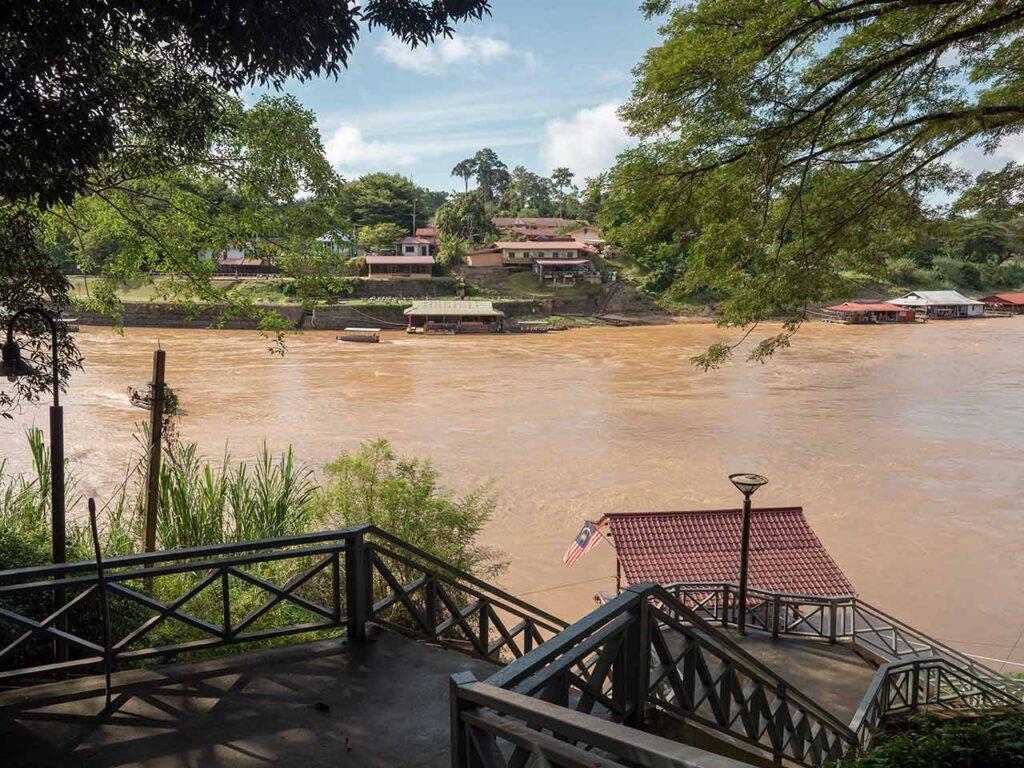 Der Fluss zwischen Kuala Tahan und Taman Negara: Tembeling