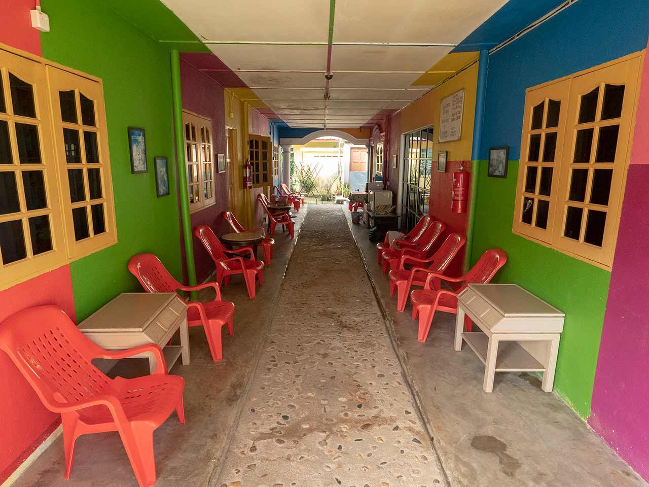 Rainbow Guest House in Kuala Tahan