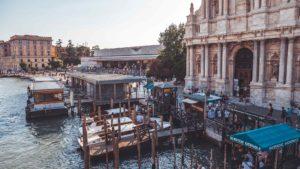 Lignano nach Venedig - die günstigsten Varianten (Bus, Zug, Schiff oder Auto)