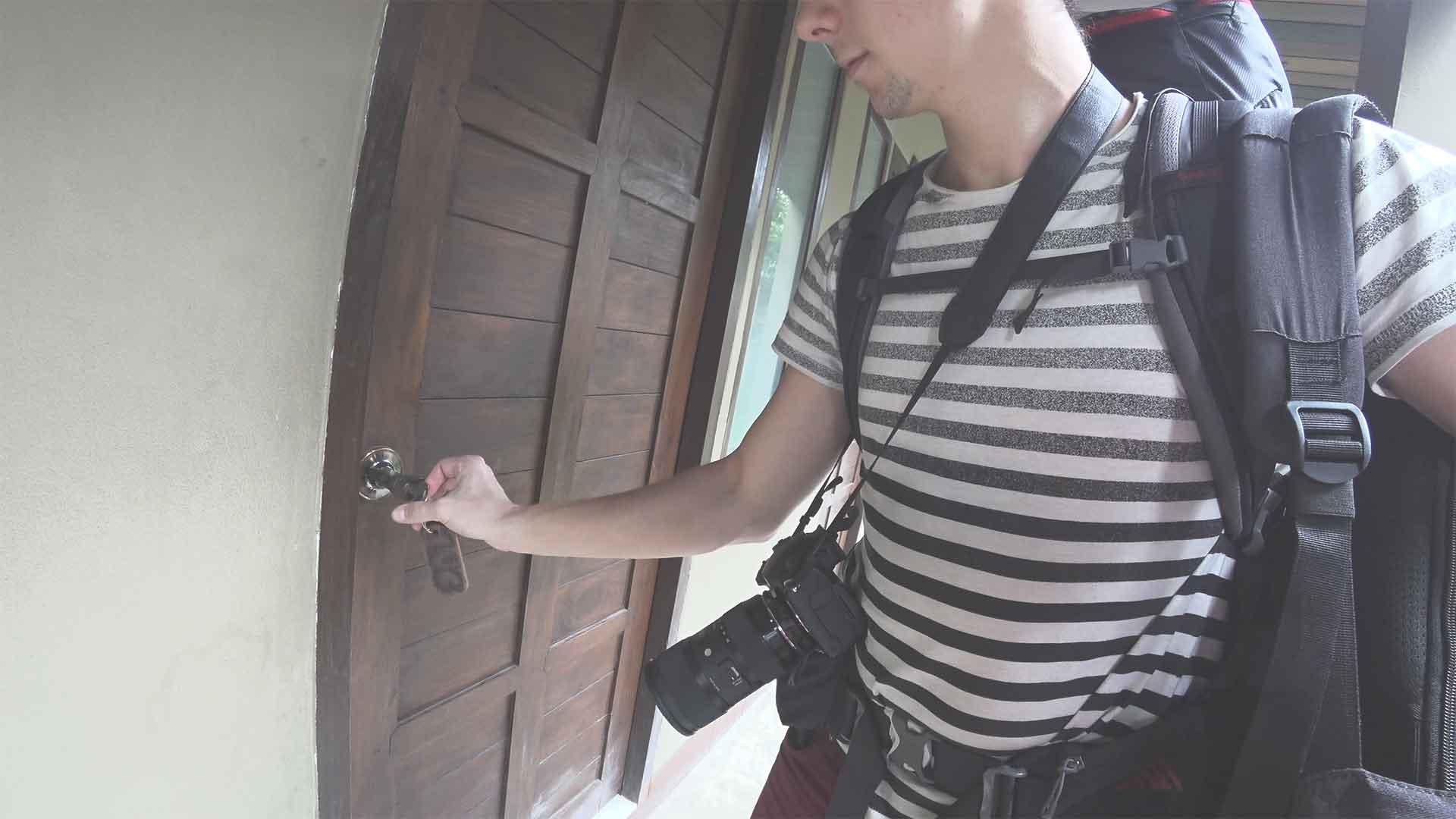 Pai in Town Hotel - kaputte Tür
