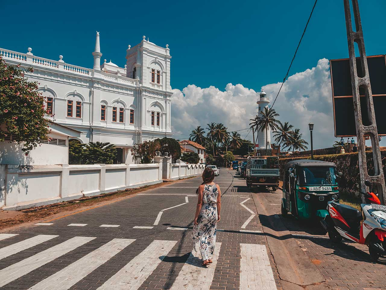 Kirche und Leuchtturm vom Galle Fort in Sri Lanka