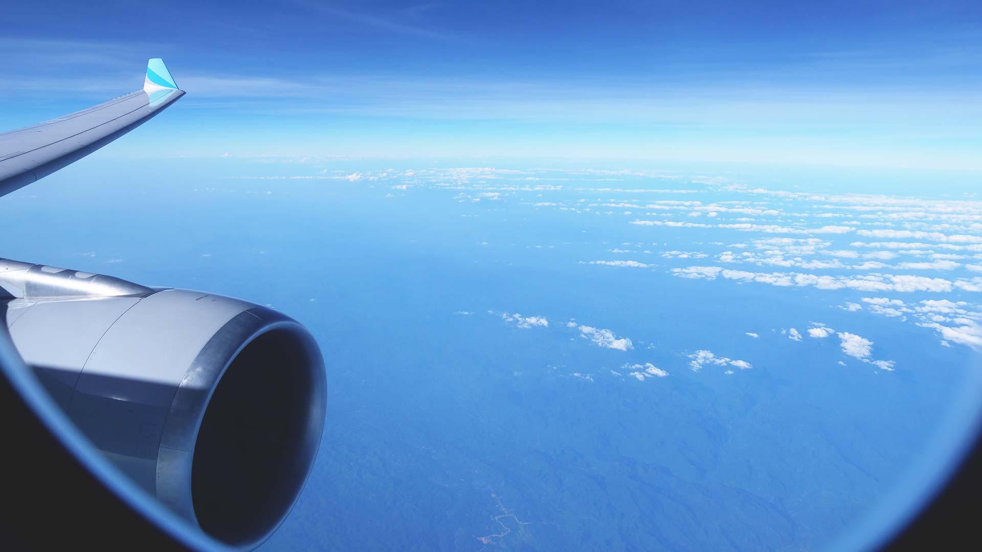 Flugzeug von Köln nach Bangkok vor der Landung