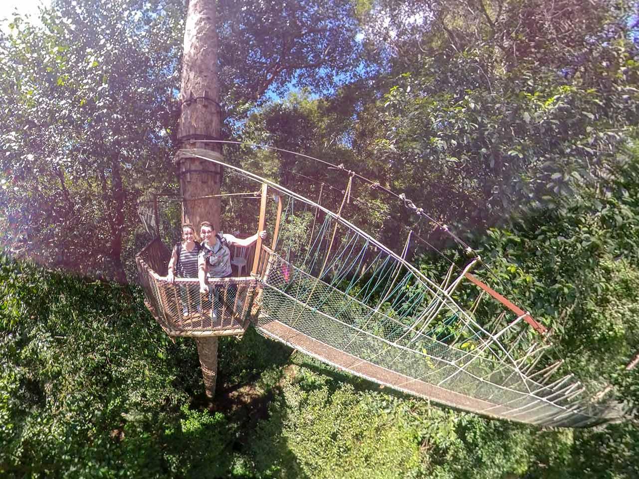Valentin und Jasmin am Canopy Walk im Taman Negara Nationalpark