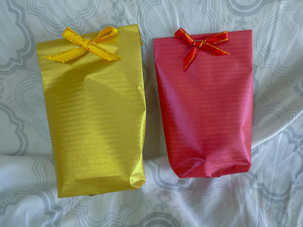 Geschenke zu Weihnachten vom Phuket Hospital