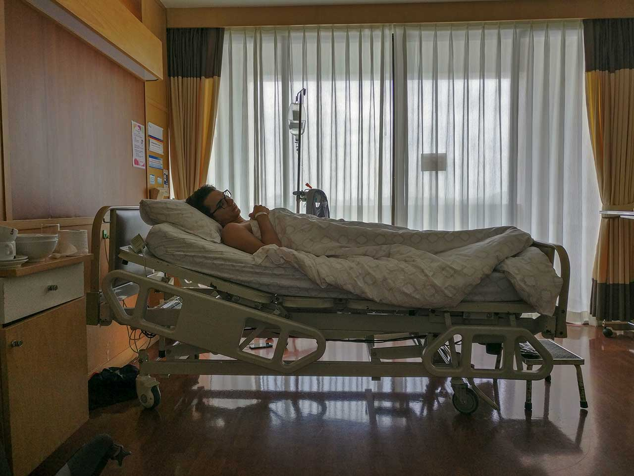 Valentin im Phuket Hospital in Thailand