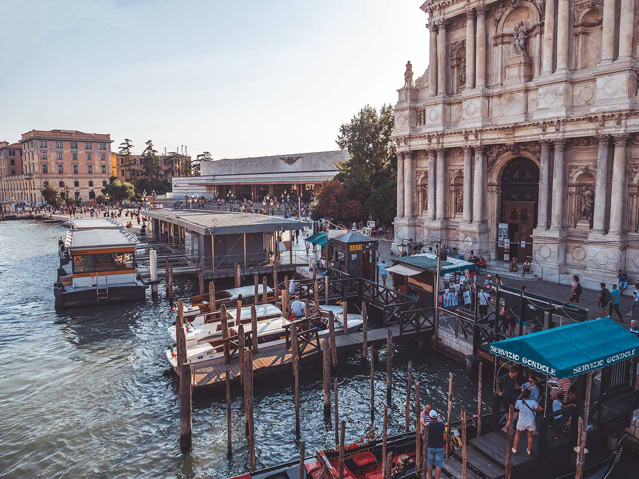 Santa Lucia Bahnhof in Venedig