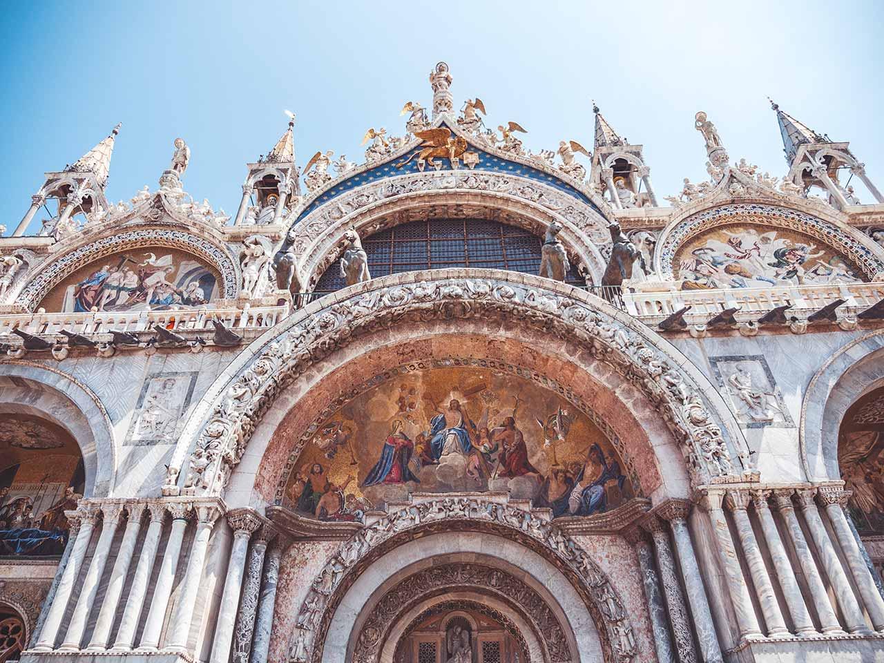 Markusdom in Venedig von vorne