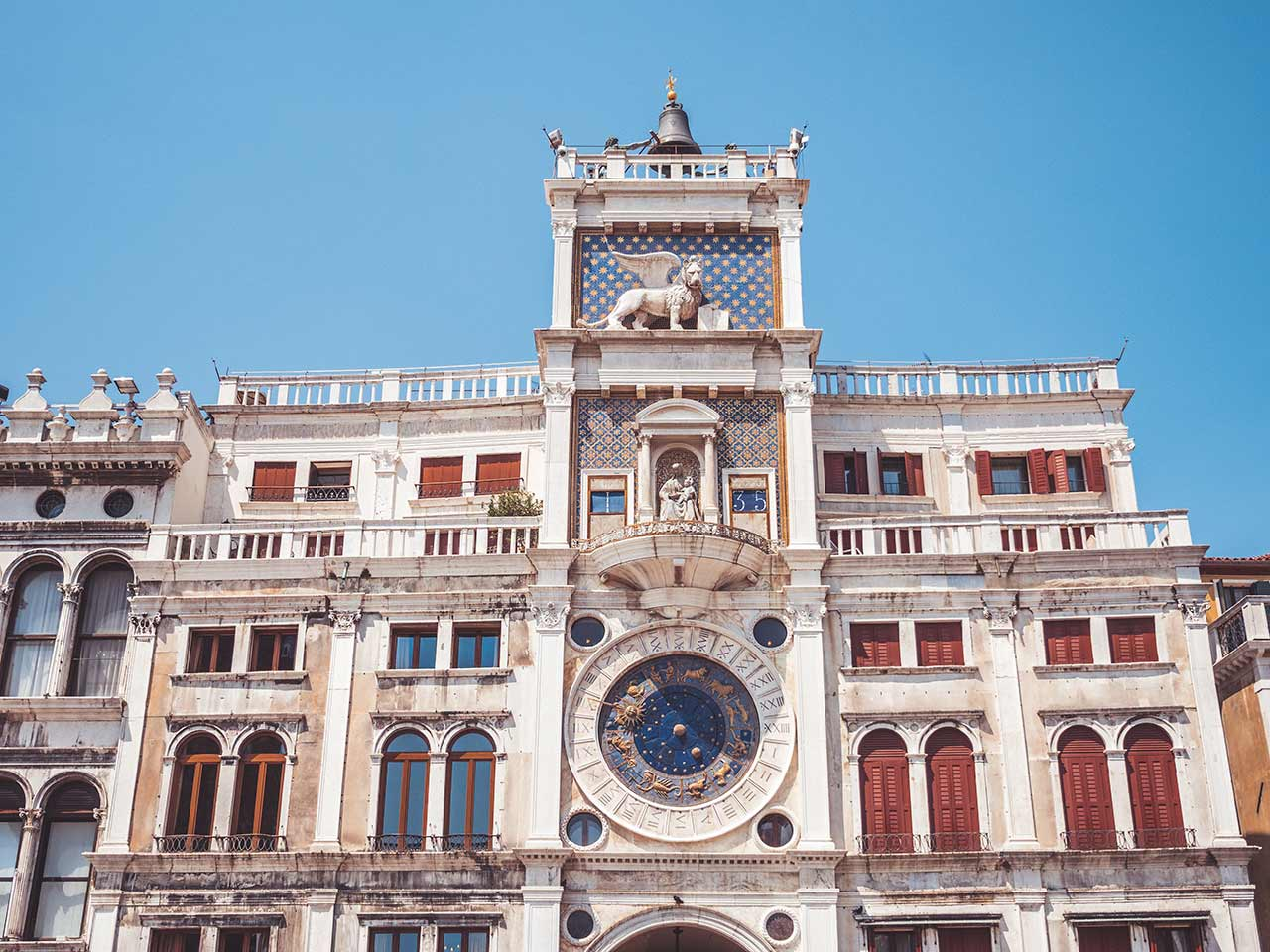 Uhrenturm in Venedig